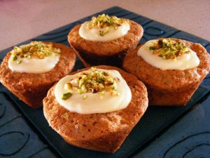 Individual Gluten-free Pistachio and Carrot Cakes