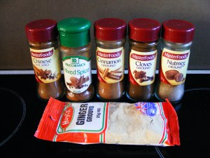Ingredients for making your own gingerbread spice